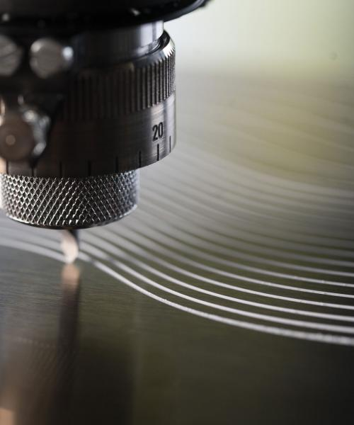 Gravotech - Rotary engraving machine